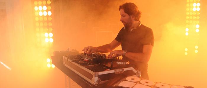 ANIMATION DANSANTE AVEC DJ